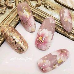 日式简约手绘渐变粉色花朵春天美甲图片