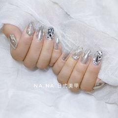 圆形日式水波纹美甲图片
