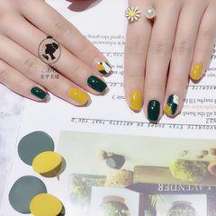 方圆形黄色绿色手绘美甲图片