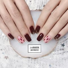 红色酒红色焦糖色方圆形豹纹金箔手绘简约粉色美甲图片