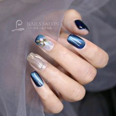 蓝色方圆形晕染贝壳片金箔日式魔镜粉猫眼水波纹美甲图片