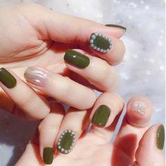 绿色珍珠春天美甲图片