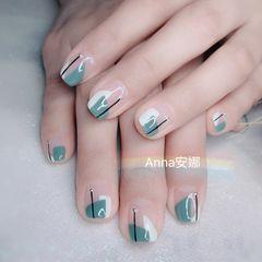 方圆形绿色手绘法式美甲图片