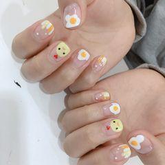 方圆形手绘黄色白色鸡蛋可爱圆法式美甲图片