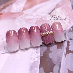 方圆形上班族新娘渐变粉色美甲图片