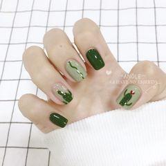 绿色方圆形手绘仙人掌美甲图片