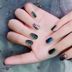 绿色蓝色圆形渐变魔镜➕水波纹美甲图片
