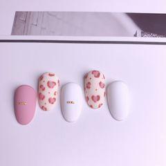 日式豹纹裸色圆形粉色手绘磨砂美甲图片