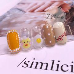 黄色方圆形夏天短指甲小清新波点鸡蛋美甲图片