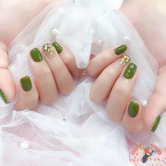 方圆形绿色渐变贝壳片夏天美甲图片