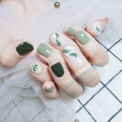 绿色圆形夏天花朵树叶🍃🍃🍃美甲图片