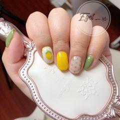 绿色黄色短指甲水果夏天波点美甲图片