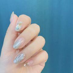 银色圆形夏天水波纹简约贝壳片美甲图片