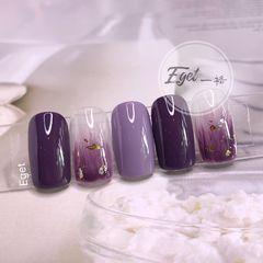 方圆形夏天渐变上班族简约跳色紫色美甲图片
