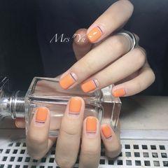 方圆形橙色平法式夏天美甲图片