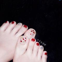 红色夏天简约脚部银色亮片跳色显白美甲图片