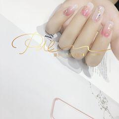 方形晕染渐变金箔新娘钻粉色美甲图片