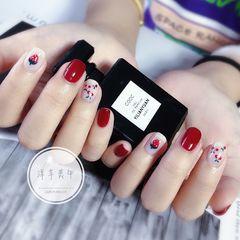 红色方圆形水果夏天短指甲手绘草莓樱桃美甲图片