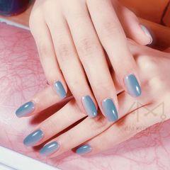 蓝色方形灰色竖形渐变美甲图片