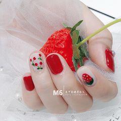 圆形红色白色手绘水果樱桃草莓夏天美甲图片