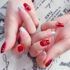 红色方圆形渐变亮片手绘线条银色新娘美甲图片