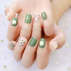 绿色波点夏天方圆形花朵手绘美甲图片