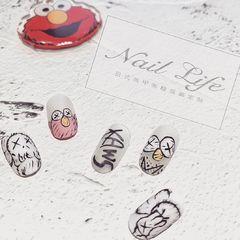 圆形夏天卡通粉色黑色手绘磨砂可爱美甲图片