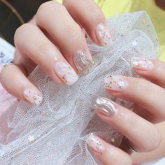 短指甲贝壳片水波纹金箔方圆形银色美甲图片