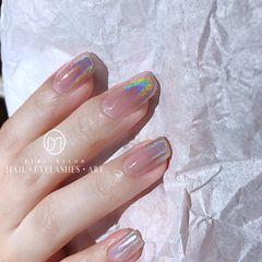 [可怜]小姐姐又要奔赴他国了,希望你的夏天如同这幅指甲一般绚烂美甲图片