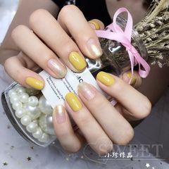 黄色方圆形金色渐变跳色姜黄色+流金人鱼胶,简单又好看美甲图片