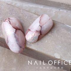 银色夏天晕染贝壳片日式紫色灰色粉色圆形石纹美甲图片
