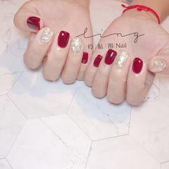 红色方形新娘金箔贝壳片显白美甲图片