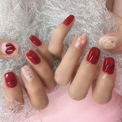 方圆形红色晕染心形贝壳片新娘美甲图片