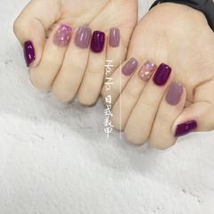 方圆形贝壳片晕染跳色简约紫色日式美甲图片