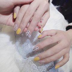 黄色夏天波点方圆形银色跳色美甲图片