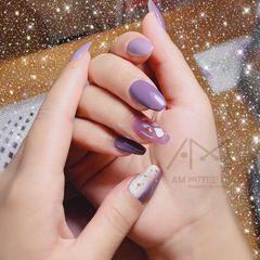 方圆形夏天贝壳片金箔紫色美甲图片