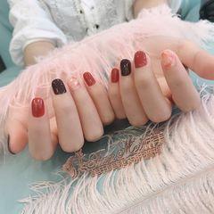 圆形短指甲晕染贝壳片金箔焦糖色棕色美甲图片