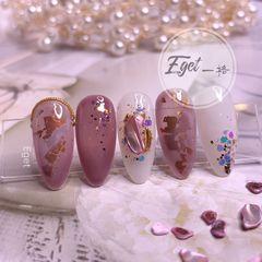 尖形新娘贝壳片金箔晕染秋天日式小清新紫色美甲图片