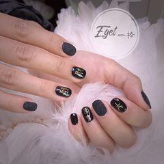 方圆形秋天短指甲手绘日式黑色美甲图片
