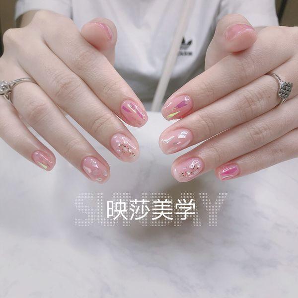 方圆形新娘上班族贝壳片金箔玻璃纸粉色美甲图片