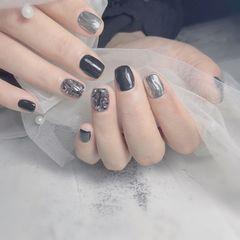 方圆形水波纹钻魔镜粉黑色银色美甲图片