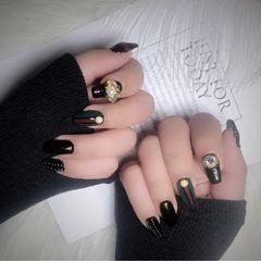 方圆形黑色红色绿色珍珠钻Gucci美甲图片