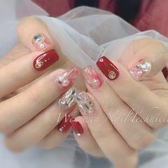 红色方圆形晕染钻珍珠新年美甲图片
