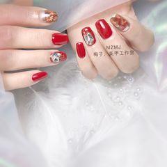 红色方圆形新年美甲挑战新年金箔晕染钻魔镜粉美甲图片