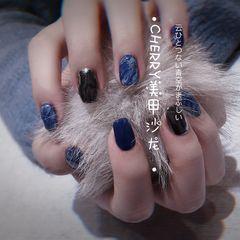 蓝色方圆形新年美甲挑战新年简约晕染魔镜粉美甲图片
