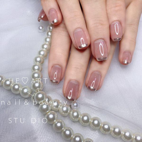 裸色方圆形简约上班族粉色镜面透明法式美甲图片