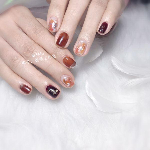 方圆形新年金箔晕染贝壳片珍珠魔镜粉焦糖色美甲图片
