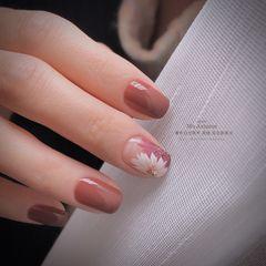 方圆形短指甲跳色新娘上班族晕染简约渐变美甲图片