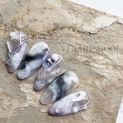 贝壳片渐变简约晕染金箔夏天跳色黑色紫色钻美甲图片