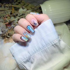 黄色蓝色银色方形夏天短指甲简约晕染油画风一款个性十足不挑肤色的复古油画风美甲,满满的高级感,不撞款,短甲长甲皆可,心动不如行动❤美甲图片